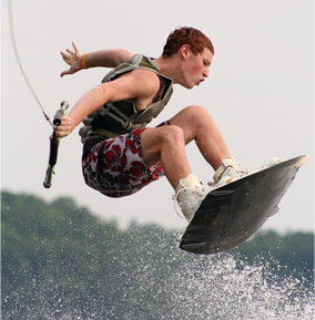 WakeBoard with IntelliJet